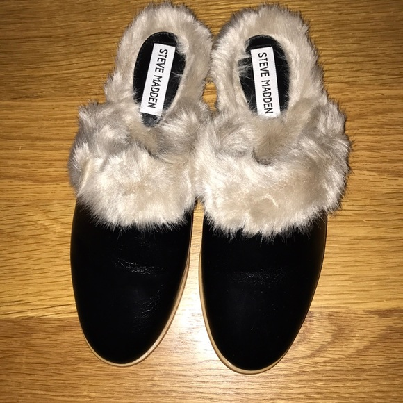 f2170e1781c Steve Madden leather and fur lined mules